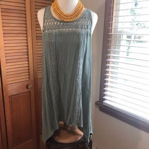 Maurices plus olive crochet long sleeveless top